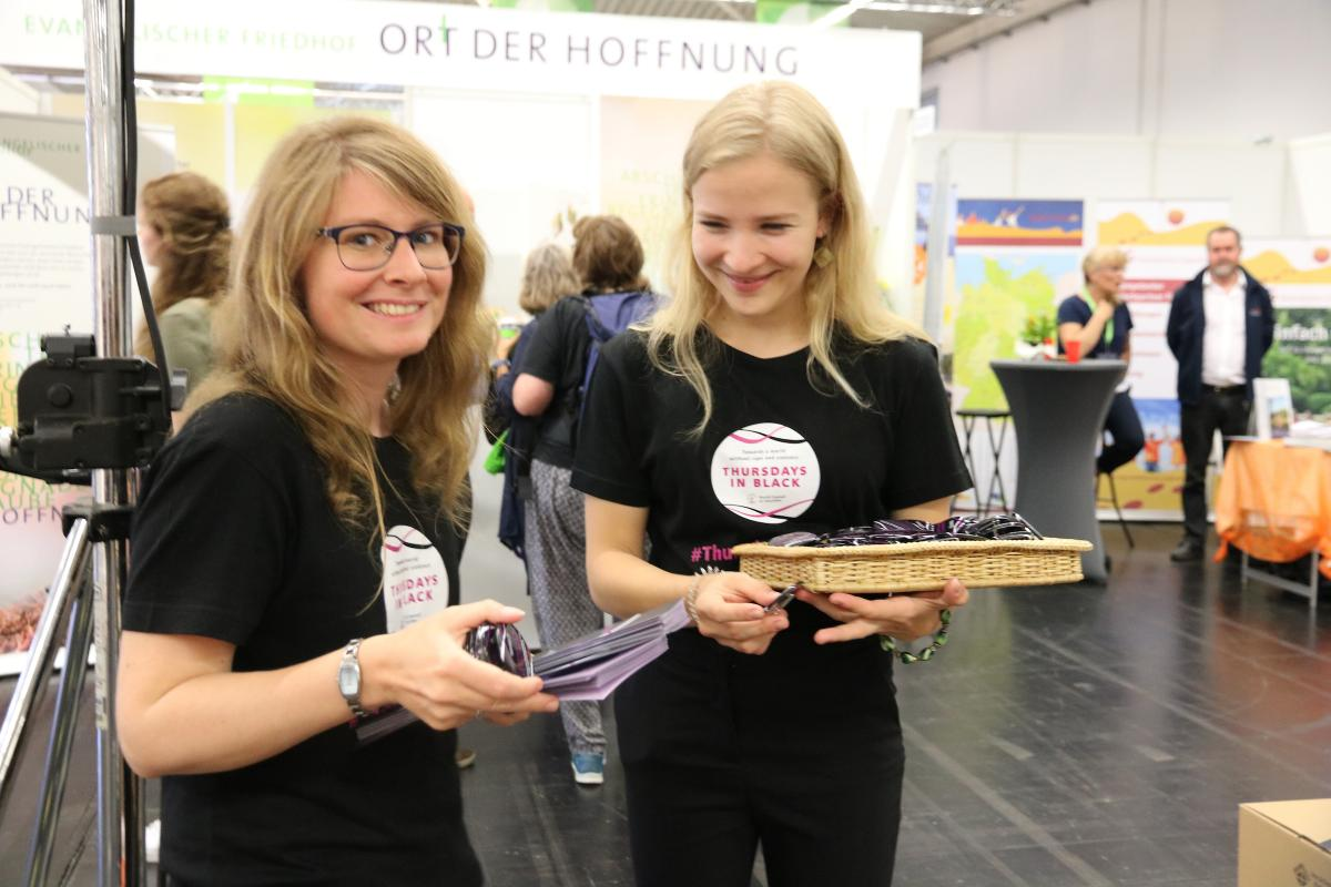Thursdays in Black campaign t-shirts at the German Kirchentag, 2019