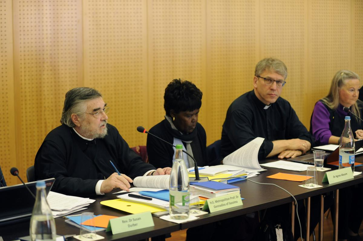 At the WCC Executive Committee meeting. © WCC/Peter Williams