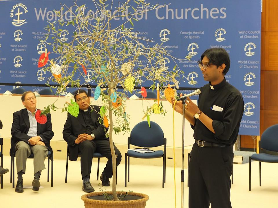 Leaves signify hope for interreligious engagement. © Ivars Kupcis/WCC