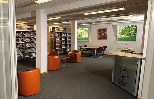 The consolidated WCC library was opened in Bossey, offering up-to-date resources and equipment for ecumenical research. WCC/Peter Williams