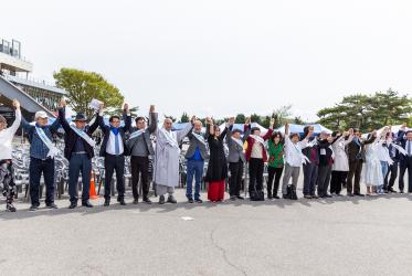 """Human peace chain"" along the 500 km long Demilitarized Zone between South and North Korea, April 2019. Photo: John C. Park"
