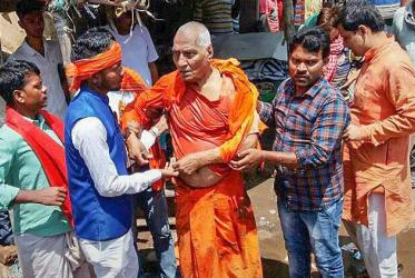 Swami Agnivesh after he was assaulted during his visit to Pakur on Tuesday, July 17, 2018, Photo: PTI