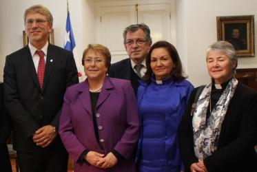 From left to right, Olav Fykse Tveit, President Michelle Bachelet, Gloria Ulloa and Gloria Rojas at the Palacio de La Moneda, Santiago. © WCC/Marcelo Schneider