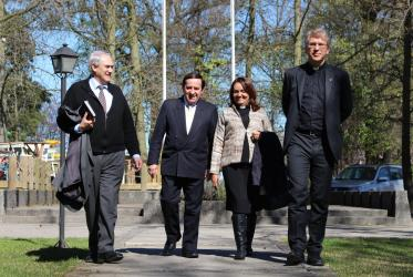 From left to right: Dr Oscar Corvalan, ecumenical officer at the Pentecostal Church of Chile, Bishop Luis Ulises Muñoz Moraga, head of the church, Rev. Gloria Ulloa and Rev. Dr Olav Fykse Tveit. © WCC/Marcelo Schneider